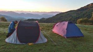 una posibilidad para nuestras rutas de varios días es acampar en montaña